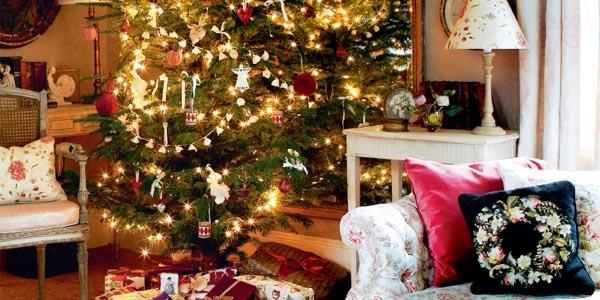 Modern country style kate forman 39 s country christmas for Country chic christmas