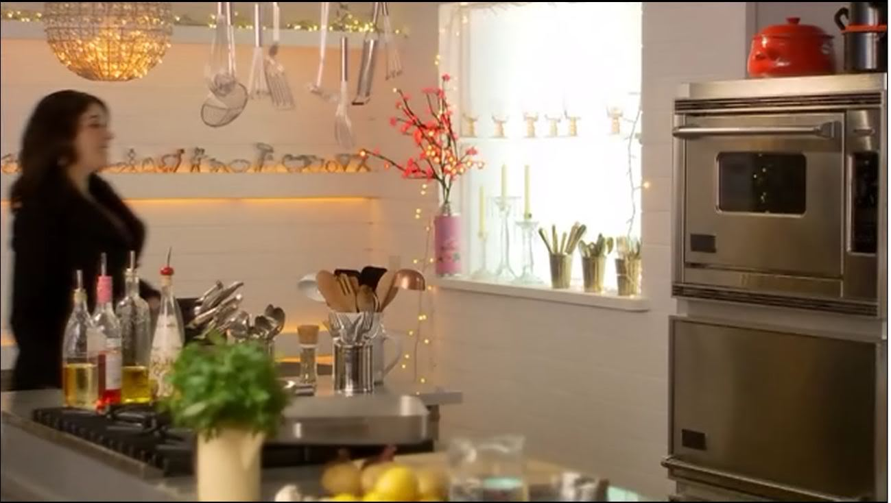 Modern Country Style: Nigella's Kitchen:Nigella's Kitchen,Lighting