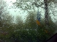 Sataa ja on kylmä