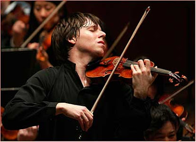 Joshua Bell and his Gibson ex Huberman stradivarius