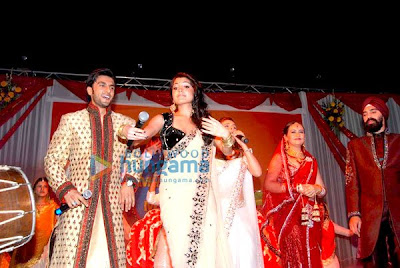 Wedding to promote 'Band Baaja Baaraat'