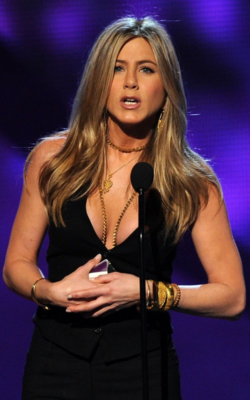 Actress Jennifer Aniston speaks onstage during the 2011 People's Choice