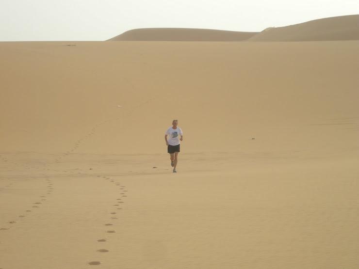 Rennen in de woestijn van Libie