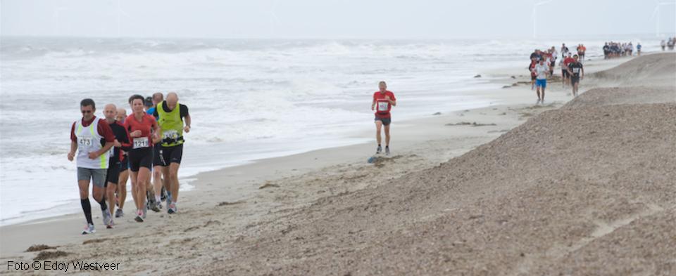 Sfeerplaatje van het strand tijdens Zeeuwse kust marathon