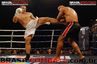 Vitor Miranda no V Desafio Profissional de Muay Thai