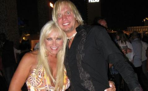 linda hogan and charlie hill 2011. Hulk Hogan#39;s ex-wife Linda