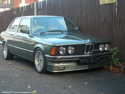 BMW E21 323i