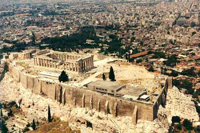 acropolis athens greece ert 1 10 Peristiwa Sejarah Yang Aneh dan Mencurigakan