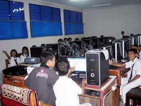 LAb. Komputer SMPN 145