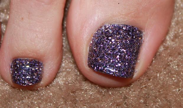 nails sydney introducing glitter