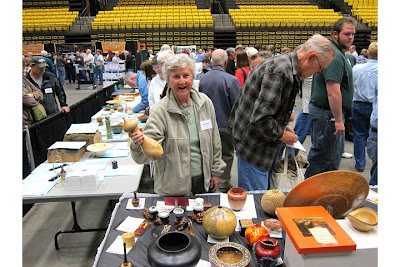 Posted by Utah Woodturning Symposium at 7:26 PM 1 comment: