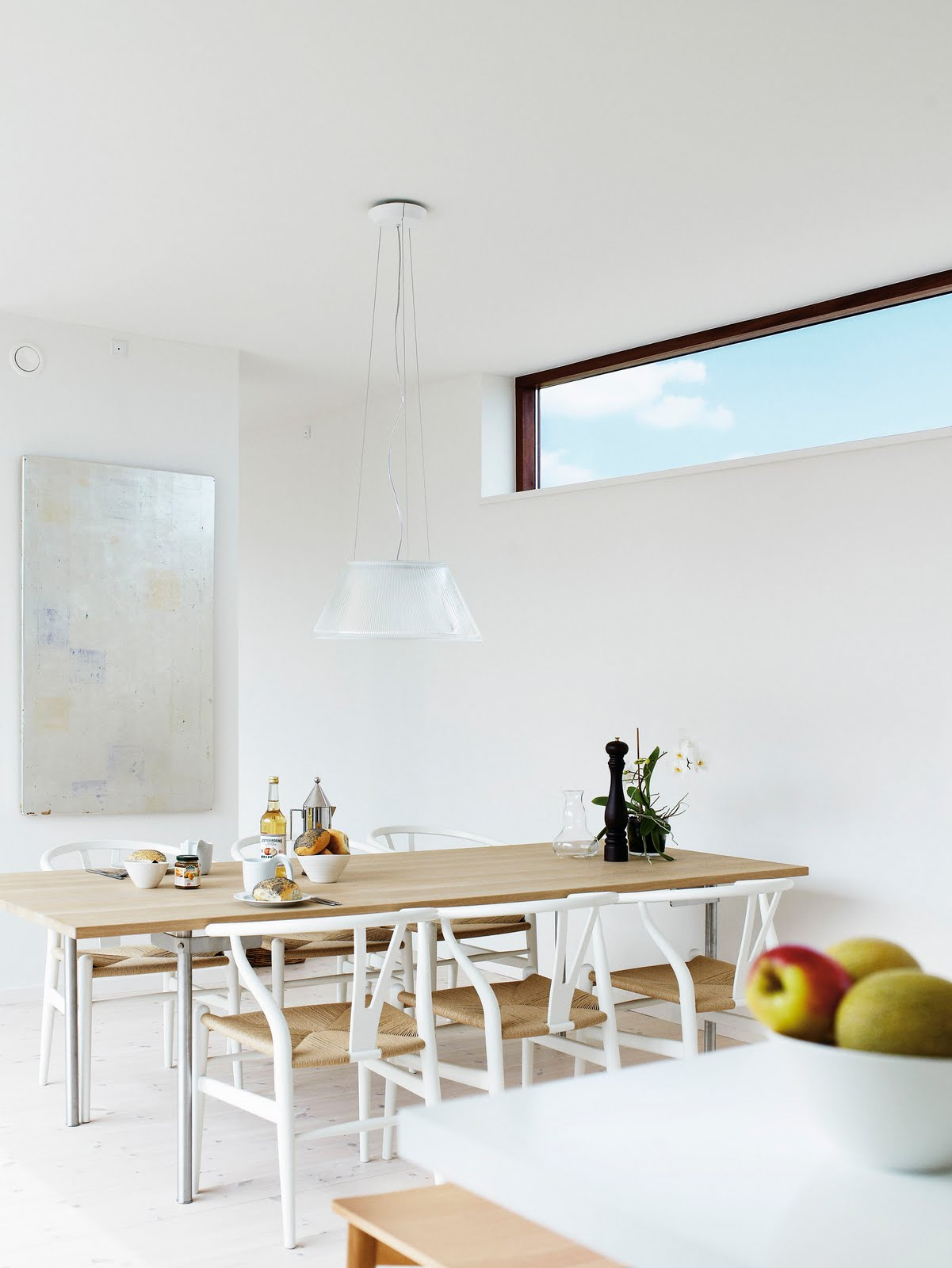 modern interior design WHITE Wishbone from Hans Wegner