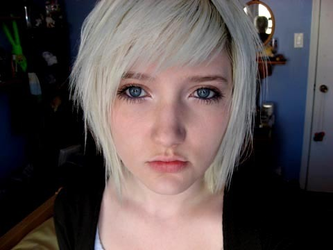 Emo Hair Styles With Image Emo Girls Hairstyle With Short Blond Emo Haircut Picture 1