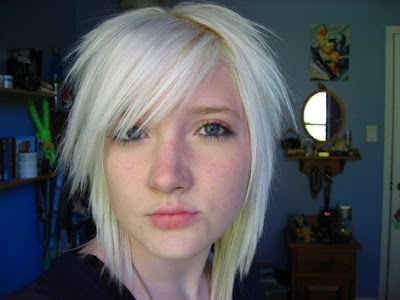 Short Blonde Emo Hairstyle, imagae, photo, and pictures.