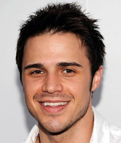 Cool idol Hairstyle for guys -Kris Allen short Hairstyle