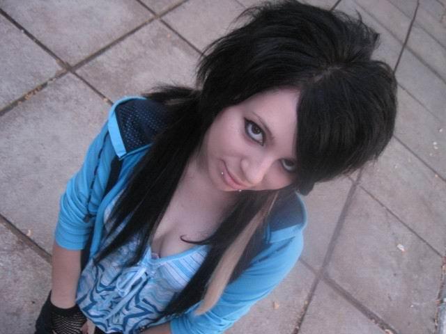 scene girl hairstyle. scene girls hairstyle.