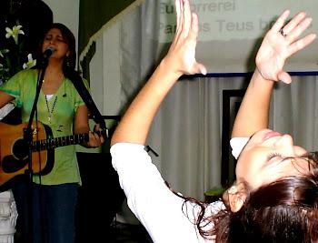 ADORAÇÃO AO REI JESUS.