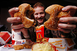 "morgan spurlock super size me essay (cnn) – the documentary filmmaker behind ""super size me"" has confessed to sexual misconduct morgan spurlock released a lengthy confessional essay wednesday."