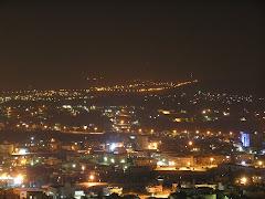 Jenin de nit (les llums del fons son d'un assentament jueu)