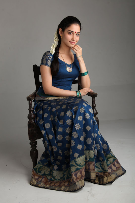 Tammanah Cute HQ New Stills from Tamil Movie Vengai Photoshoot images