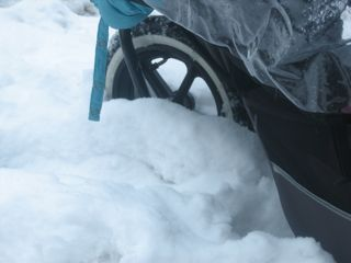 http://2.bp.blogspot.com/_9foKD_MCBBg/TP6mcAM5ioI/AAAAAAAAA9Y/GtKXDwtsveQ/s1600/stroller-in-snow.jpg