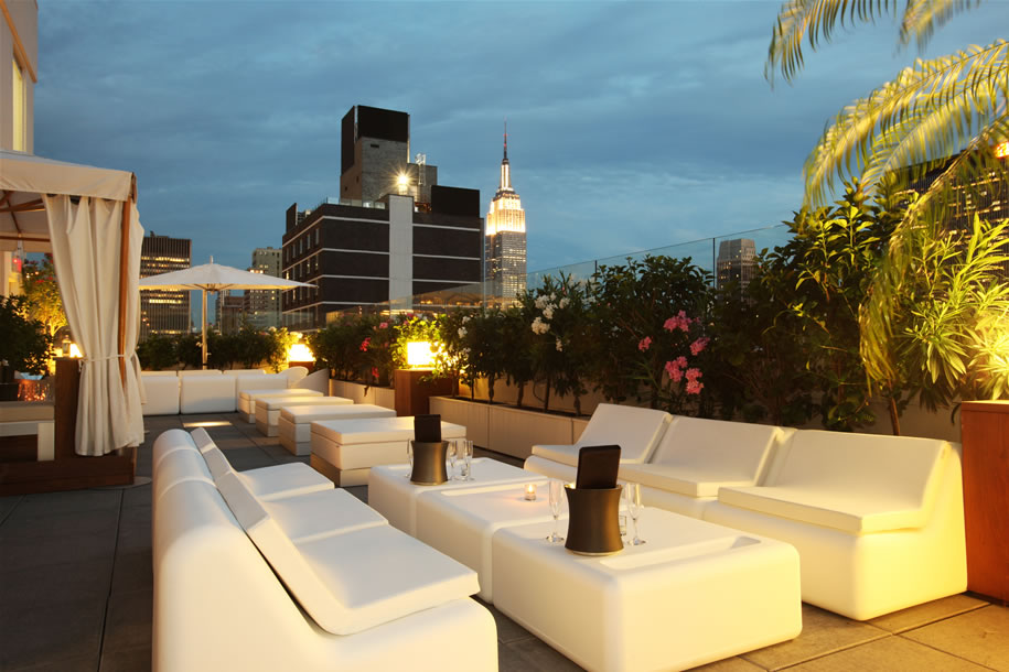 Matchmaker in the know samantha 39 s place pick nyc 39 s sky room for Bares en ciudad jardin