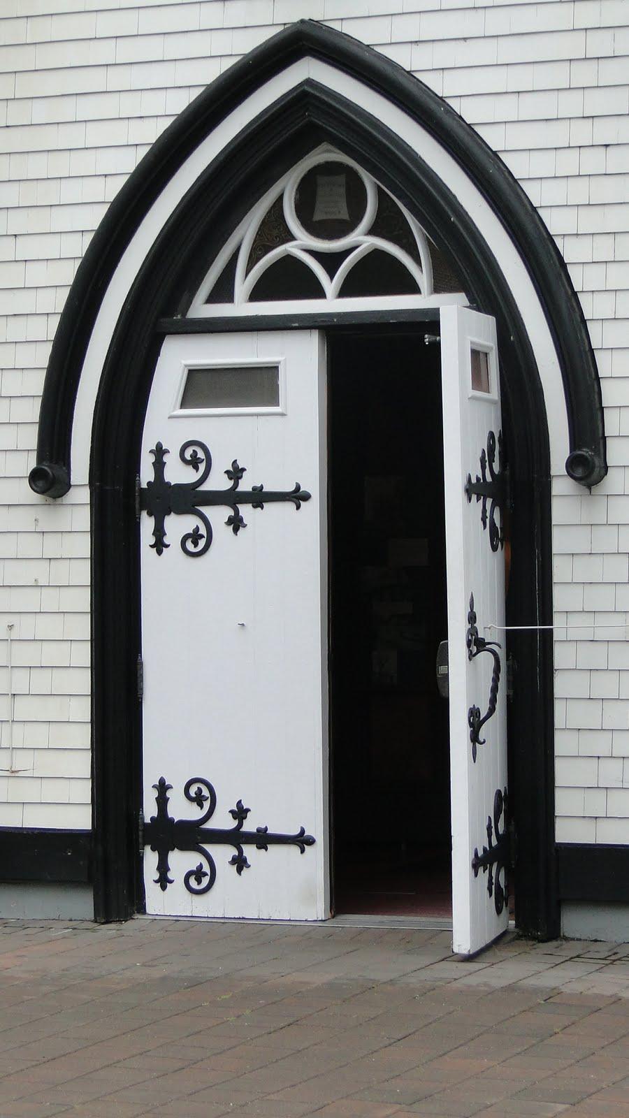 Lunenburg Nova Scotia >> Paper Doll Parade: black and white doors
