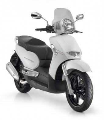 Piaggio Scarabeo 500 and 300 Special Edition