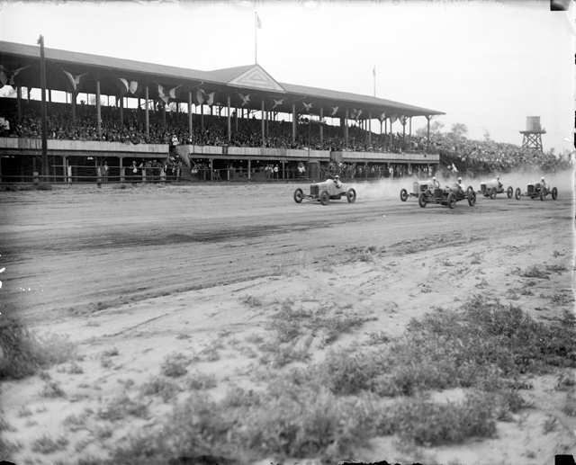 Auto racing in america ascot park 1916 cincinnati motor for Motor speedway los angeles