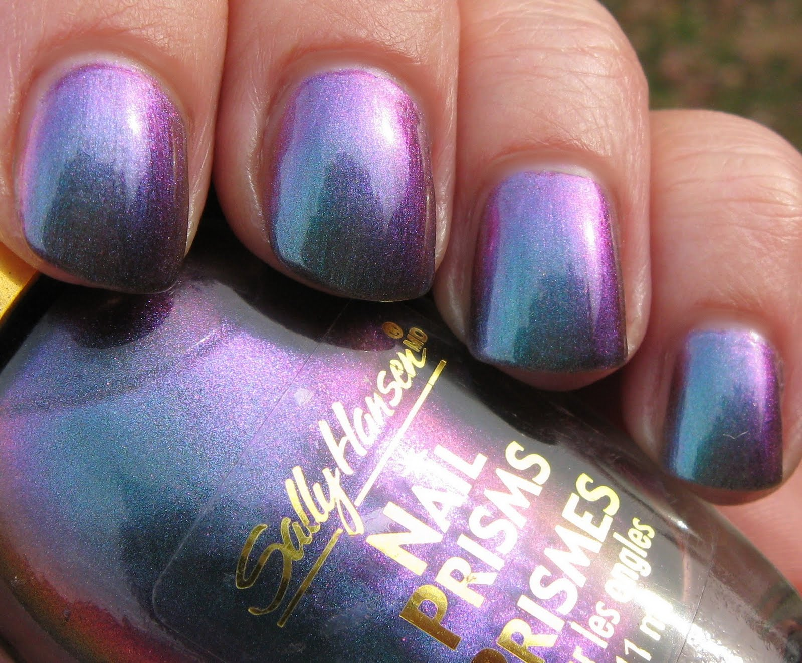 Old School Sally Hansen Nail Prisms Turquoise Opal