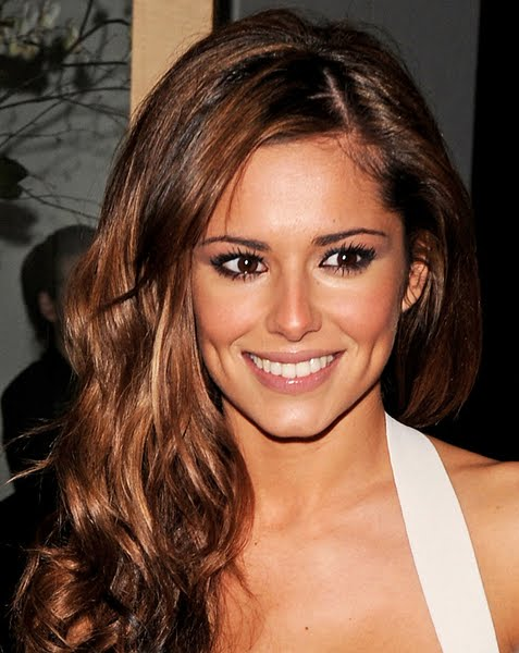 cheryl cole hot photo. cheryl cole hot kiss. cheryl