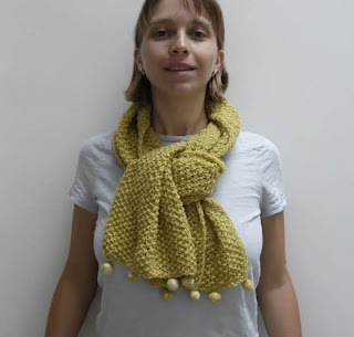 citycrochet knitted scarf in lime