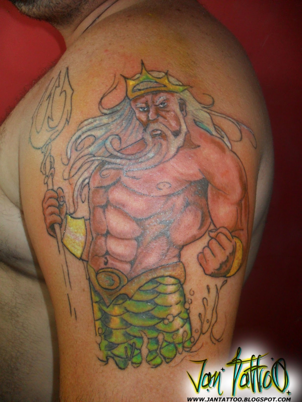 Татуировки с трезубцем фото