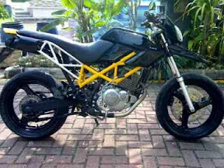 MODIFICATION MOTORCYCLE MOTOR SUZUKI THUNDER 250CC