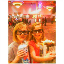 Lexi and Jessica at Hannah Montana 3D