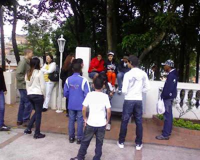 JM em gesto concreto em Guarulhos/SP