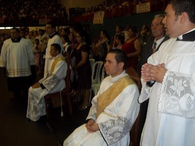 JM de Guarulhos/SP marca presença em ordenação presbiteral.