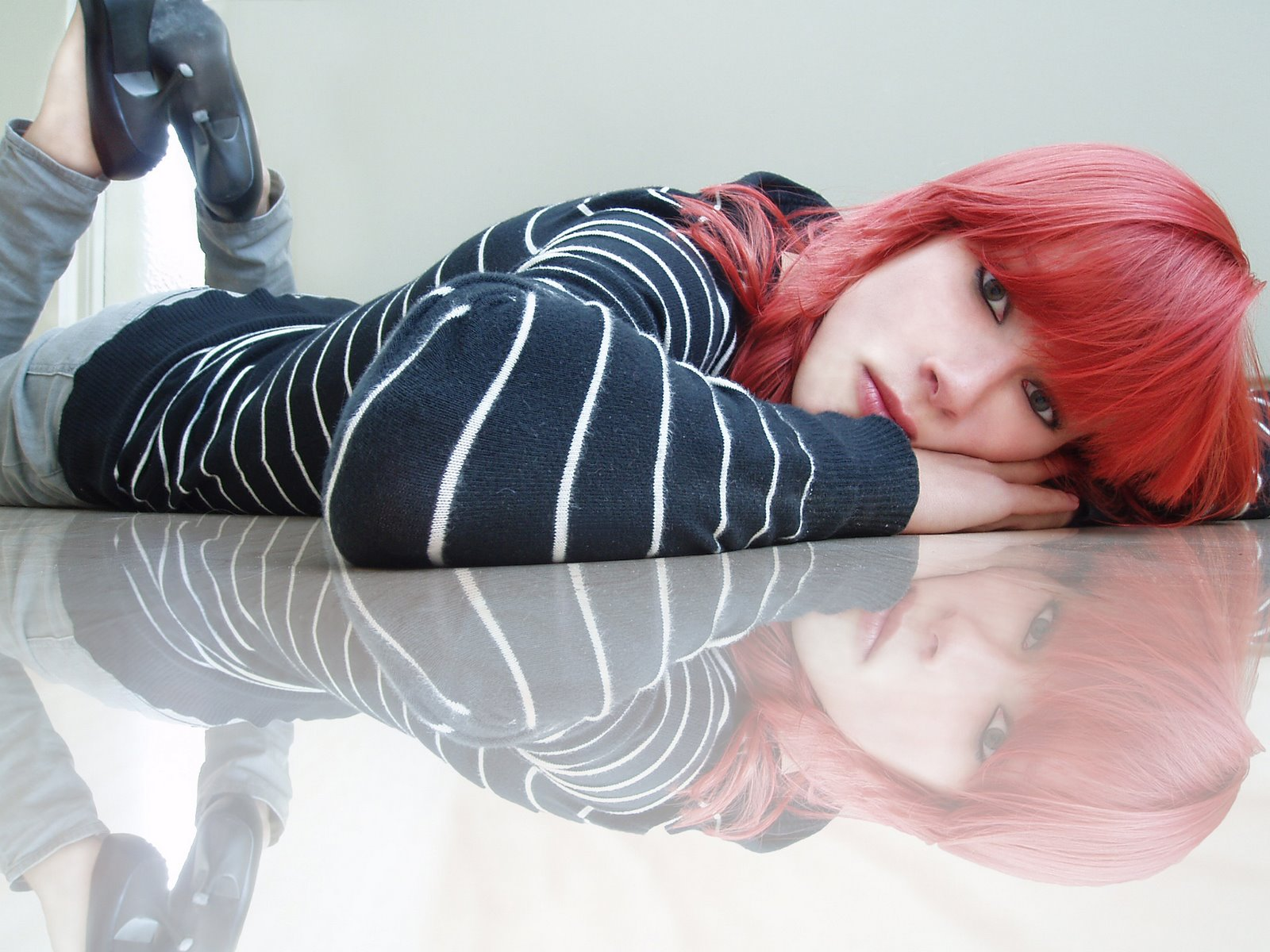 [Lonely_girl_with_red_hair_by_Anszje.jpg]