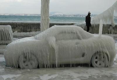Auto-freddo-ghiaccio