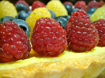 Ricotta cheese tart with berries
