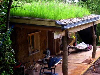 A N Z U Grass Roofs