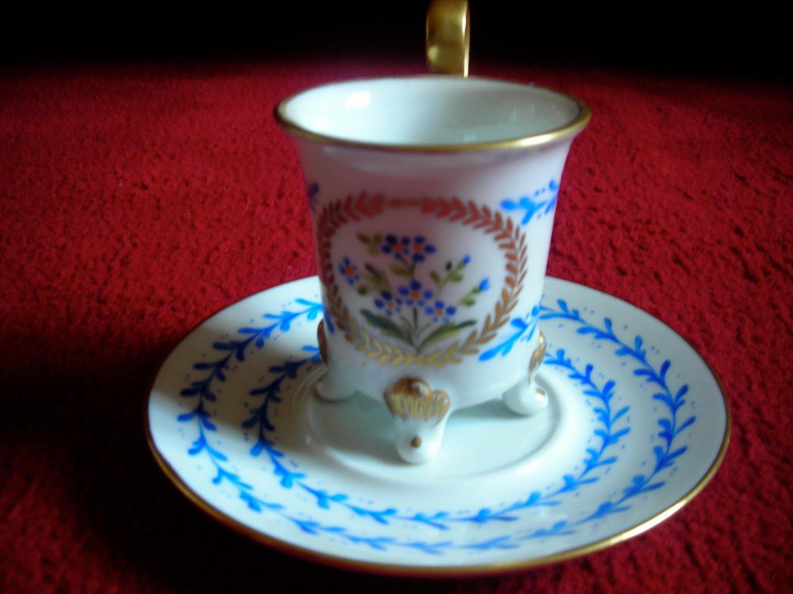 D coration artisanale sur porcelaine for Decoration sur porcelaine