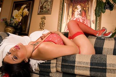 imagenes sexi las mas sexis mujeres mas guapas mujeres sexis en bikini  Adriana Cardona en lencería