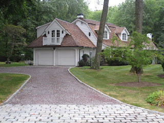 Tar and chip driveway your own country road landscapeadvisor now heres something you dont see a lot of these daysa tar and chip driveway years ago this was a very common method of paving solutioingenieria Choice Image