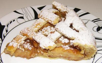Tarta de manzanas con canela y almendras - Пирог Яблочный с корицей и миндалем