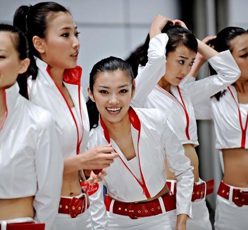 GP DE CHINA 2013 Gird+Girls+China+Sutton
