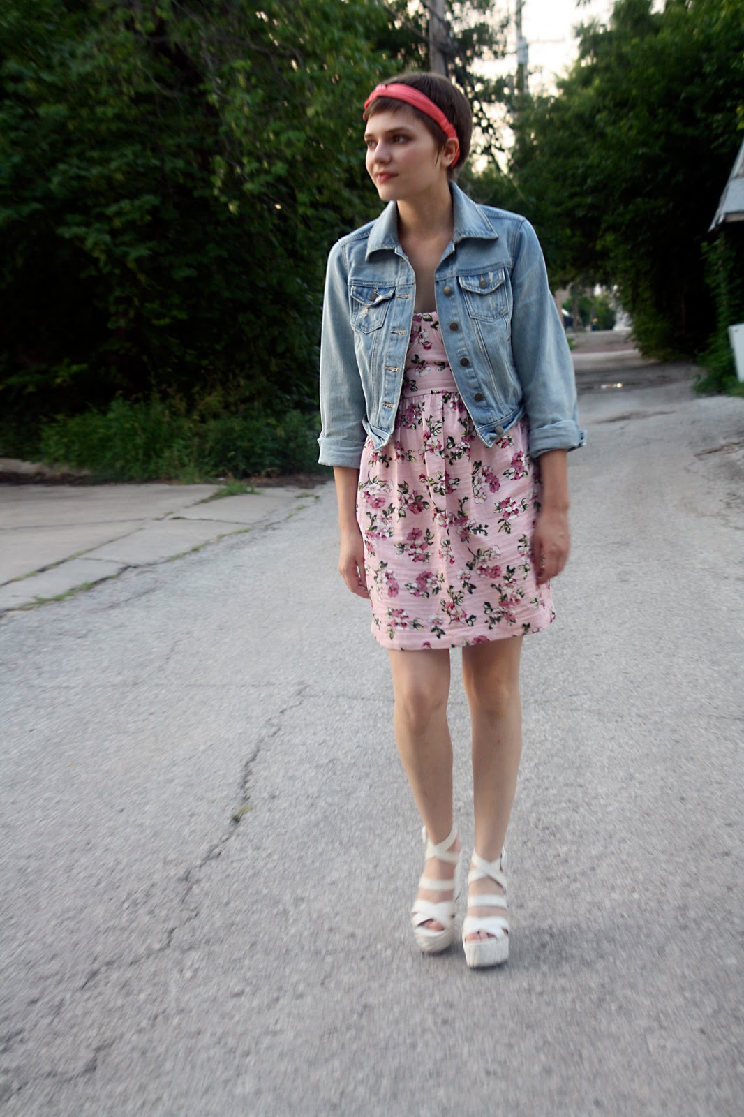 Style floral dresses turtleneck shirts lace blouses and gypsy tops