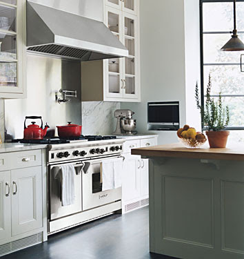 The granite gurus designer spotlight kitchens by nate berkus Nate berkus kitchen design