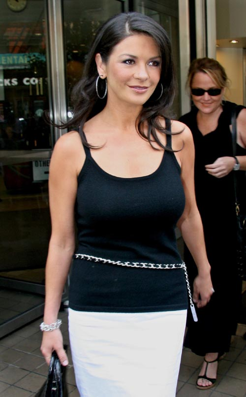 Catherine zeta jones body shape
