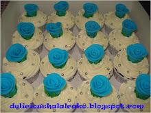 Cup cake hantaran - buttercream + gumpaste